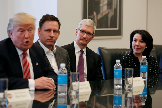 Trump Says Apple CEO Cook Promised to Build Three Factories in US